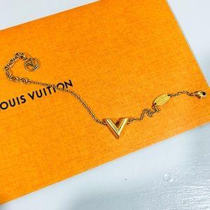 Louis Vuitton Essential V Bracelet